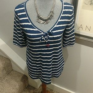 Size Large Lucky Brand Navy & White Top